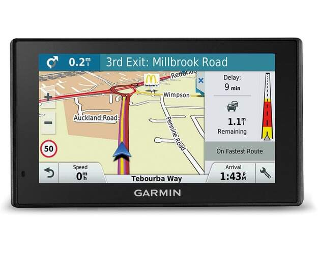 "GPS Garmin Drive 5 Plus MT-S -  5"", Europa, Live Traffic, Live Parking, Wi-Fi, Navegación por voz"